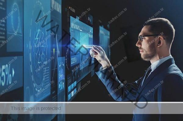 Homem usando tecnologia virtual - Haiflex